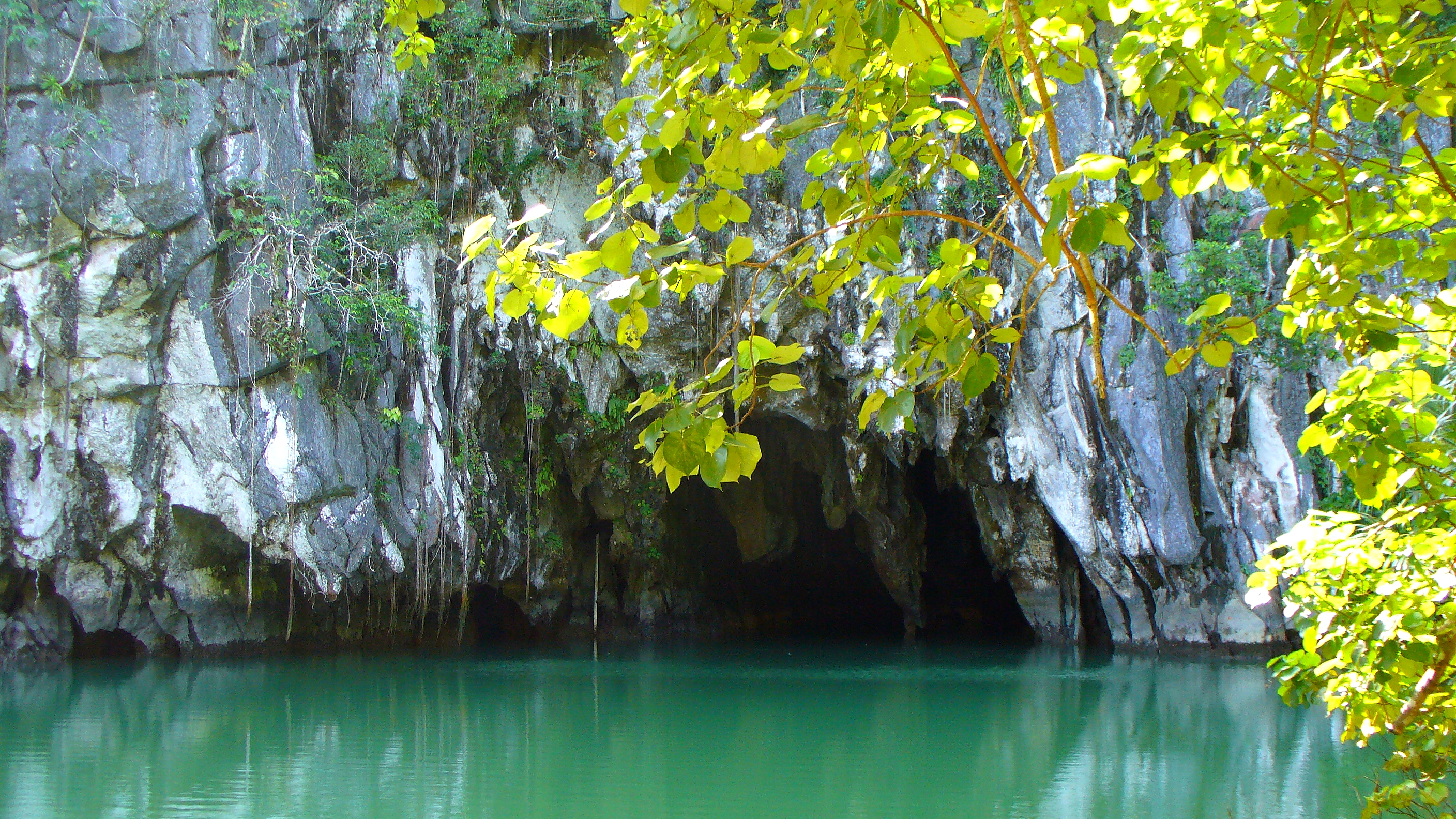 Cave entrace at Puerto Princesa Subterranean River National Park in Palawan, Philippines