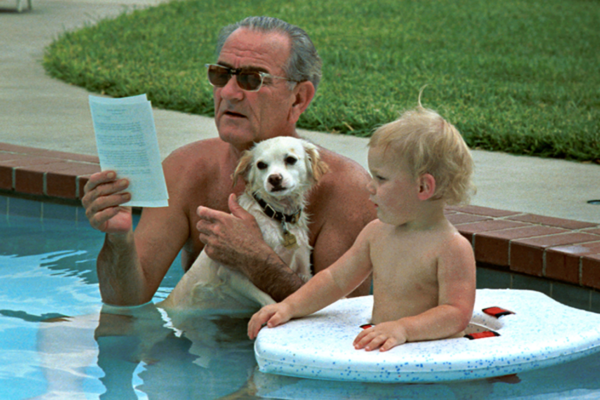 lyndon_b_johnson_swimming