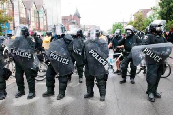 police_riot_830_0