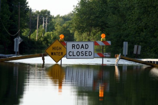 flood_water_hurricane_harvey_sign