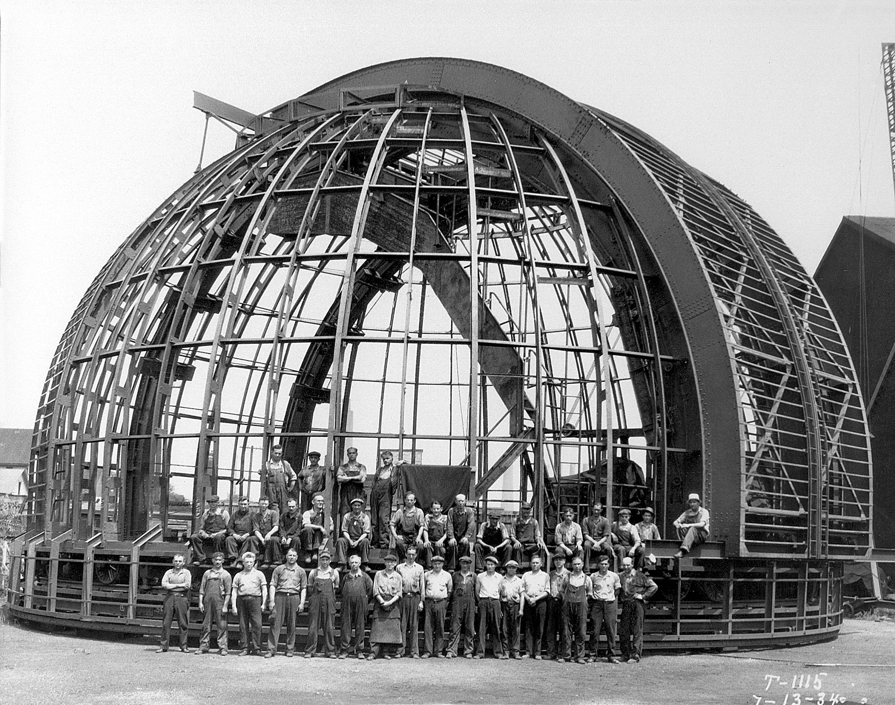 Construction on the telescope in 1933.